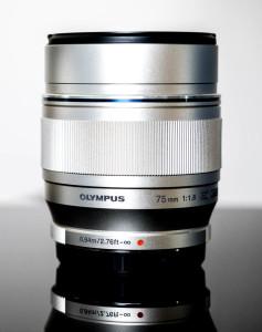 Olympus Zuiko 75 1.8